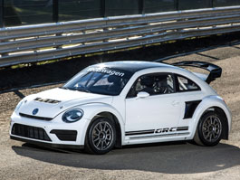 Volkswagen Beetle GRC 2015: Agresivnější rallyekrosová raketa