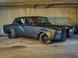 Driftovací Rolls-Royce Silver Shadow? To potřebujeme!