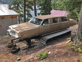 Na prodej je ideální auto na zimu. Spojuje rolbu a luxusní limuzínu