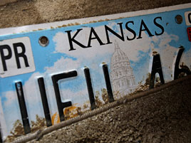 V Kansasu musejí řidiči vyměnit registrační značky s nápisem JAP. Jsou prý rasistické