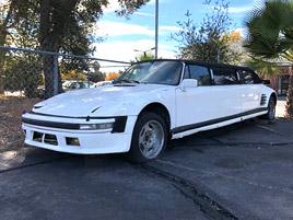 Někdo postavil limuzínu z Porsche 930. Myslíte, že to je dobrý nápad?