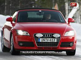 Spy Photos: Audi TT RS – Podívej se mi do očí: titulní fotka