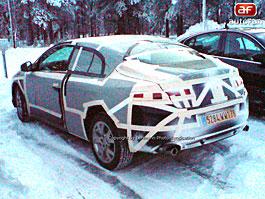 Spy photos: Renault Laguna Coupé – Zimní soustředění: titulní fotka