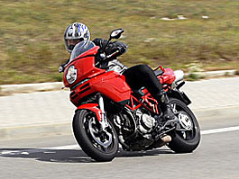 Test - Ducati Multistrada MTS1100: titulní fotka
