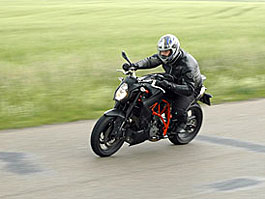 Test - KTM 990 SuperDuke R: Ready to Race: titulní fotka