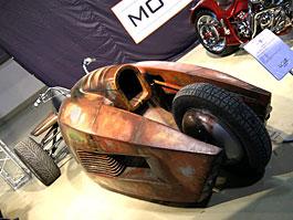 Luber Custom Stilet: tříkolka z Apokalypsy: titulní fotka