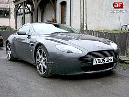 Spy Photos: Aston Martin Vantage V12 RS: titulní fotka