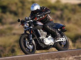 Harley-Davidson XR1200: už se prodává v Anglii: titulní fotka