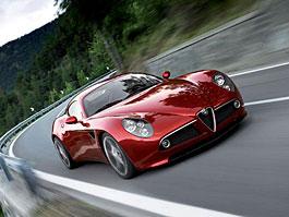 Alfa Romeo přemýšlí o 8C Competizione GTA...: titulní fotka