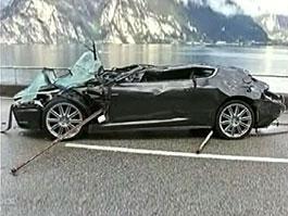 Milovník bondovek koupil vrak Astonu DBS: titulní fotka