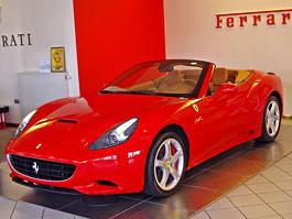 Ferrari California k vidění v Praze!: titulní fotka