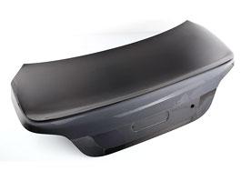 Lumma Design: nové víko zavazadelníku pro BMW řady 5: titulní fotka