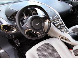 Aston Martin One-77 na výstavě ve Villa d'Este - nové fotografie: titulní fotka