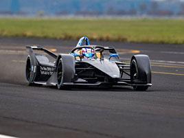 Elektrická formule BMW iFE.18: Vzhůru za závodní tratě!: titulní fotka