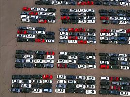 Dechberoucí hřbitov naftových VW: titulní fotka