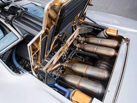10 nejlepších devadesátkových motorů: titulní fotka