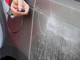 Fungují vysouvací kliky v Range Roveru Velar, i když auto obalí vrstva ledu?: titulní fotka