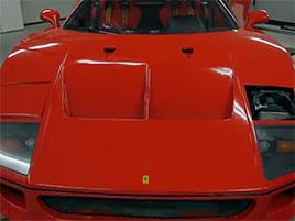 Muž si v garáži postavil celkem věrnou repliku Ferrari F40. Od základů, o stavebnici nejde: titulní fotka