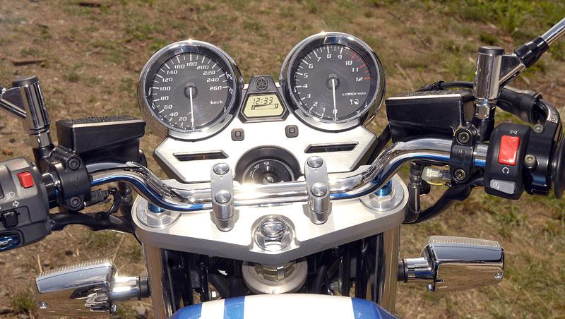 Test - Yamaha XJR1300: profesorská jízda: - fotka 1
