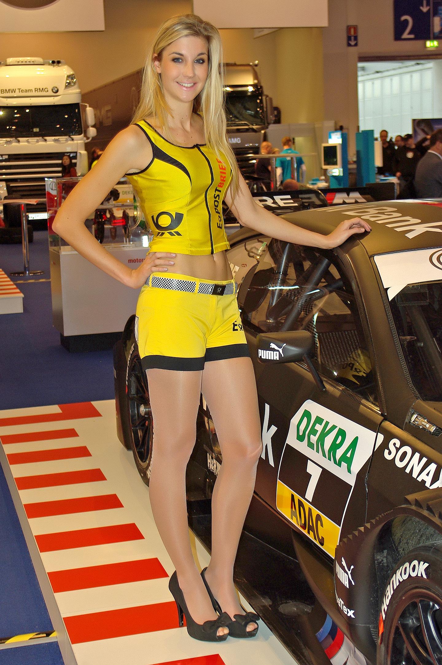 Zakáže Šanghaj autosalonové sexy modelky?: - fotka 10