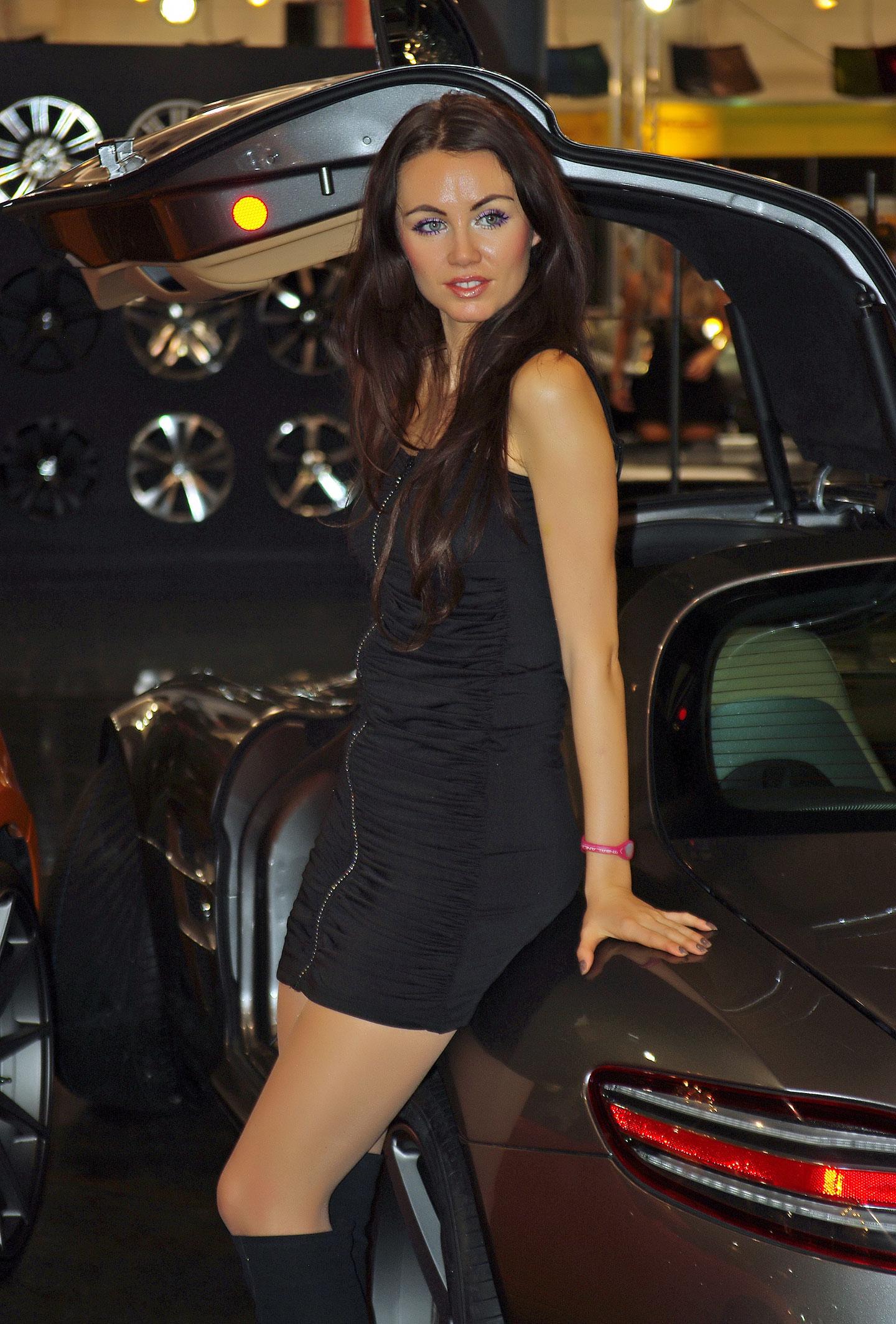 Zakáže Šanghaj autosalonové sexy modelky?: - fotka 24