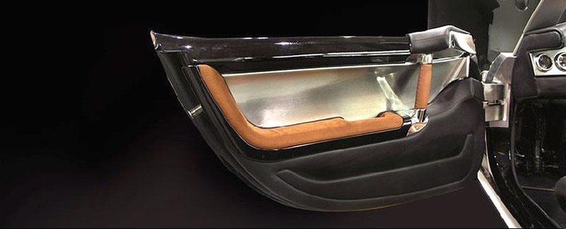 Iconic GTR: roadster, který netrpí nedostatkem výkonu: - fotka 4