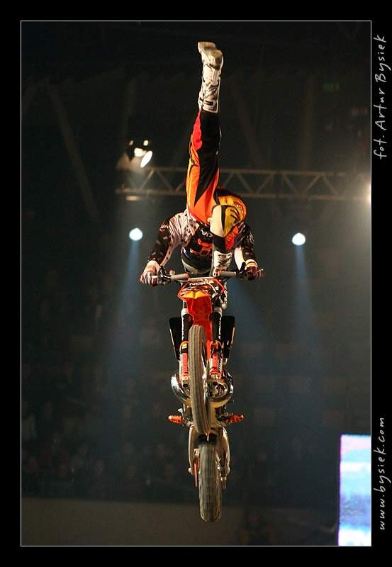 DIVERSE Night of the Jumps v objektivu Artura Bysieka: - fotka 81
