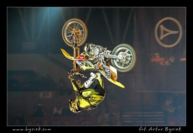 DIVERSE Night of the Jumps v objektivu Artura Bysieka: - fotka 108
