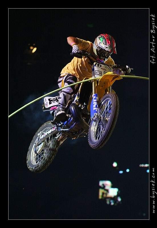 DIVERSE Night of the Jumps v objektivu Artura Bysieka: - fotka 111