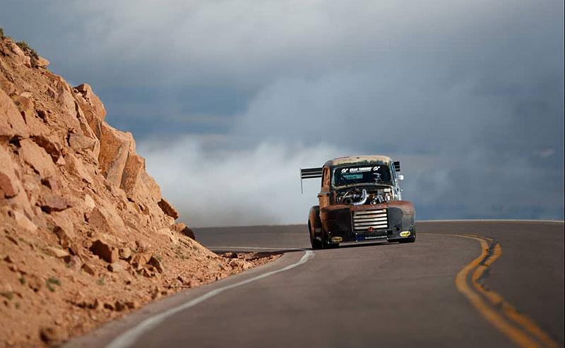 Otřískanej pick-up Ford by vám natrhnul…: - fotka 4