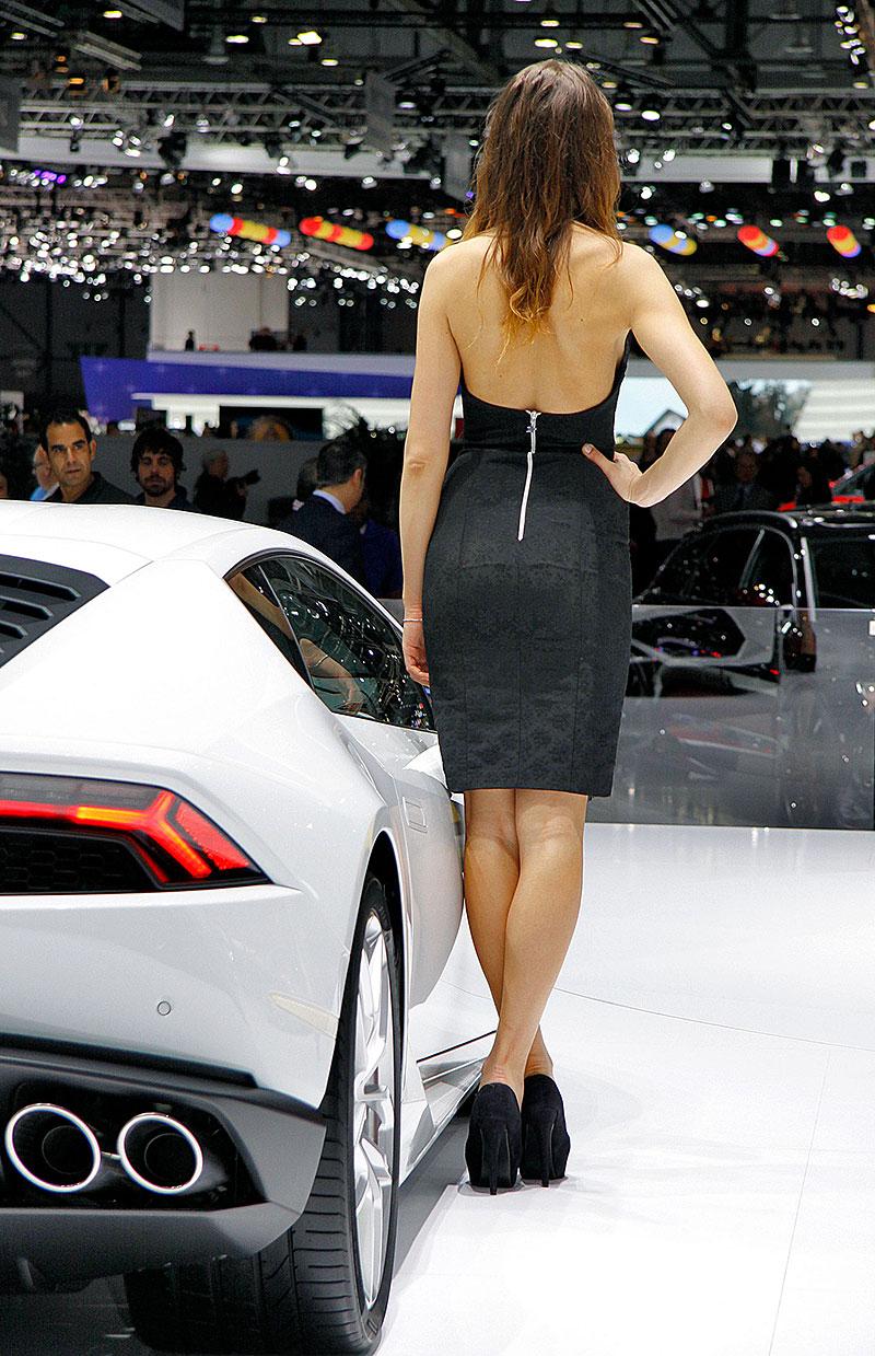 Ženeva 2014: Modelky (+ video): - fotka 34
