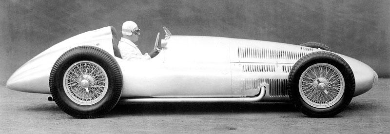 Pod lupou - Stříbrné šípy Mercedes-Benz v předválečné éře: - fotka 71