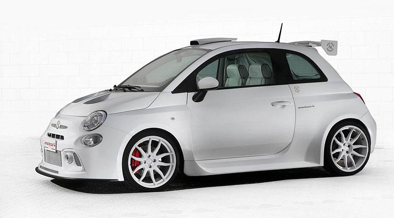 Romeo Ferraris Cinquone Qatar je pěkně nabroušený a luxusní Fiat 500: - fotka 5