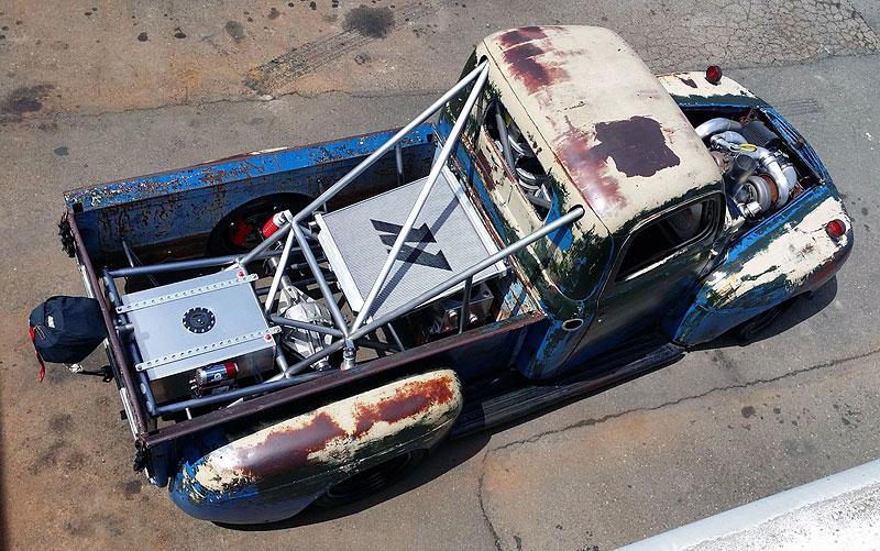 Otřískanej pick-up Ford by vám natrhnul…: - fotka 10