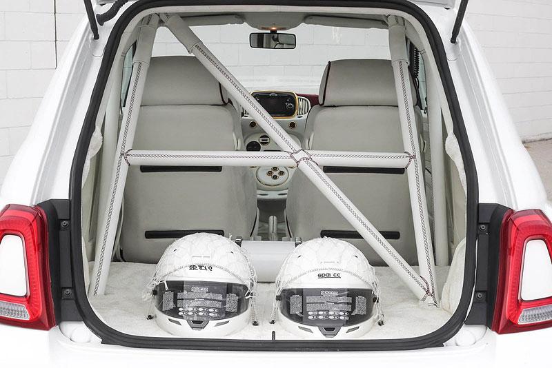 Romeo Ferraris Cinquone Qatar je pěkně nabroušený a luxusní Fiat 500: - fotka 10