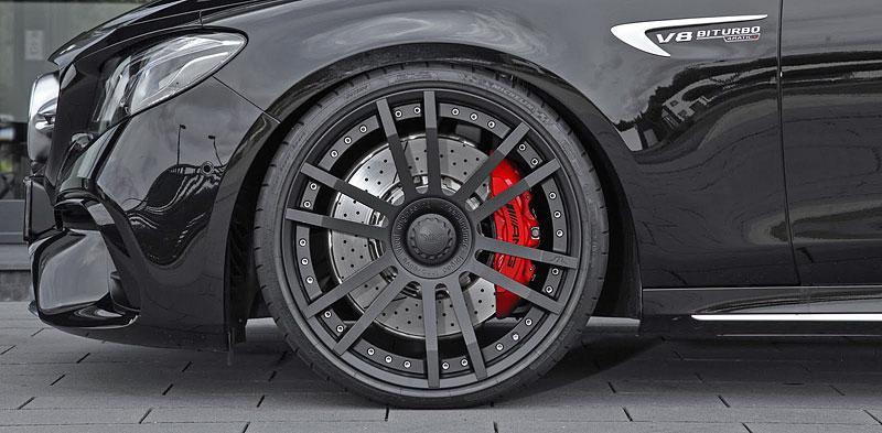 WheelsAndMore ladí nejvýkonnější sedany, kupé i kabriolety Mercedes-Benz třídy E: - fotka 15