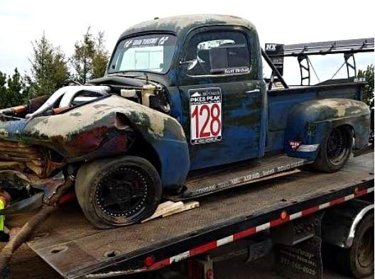 Otřískanej pick-up Ford by vám natrhnul…: - fotka 23