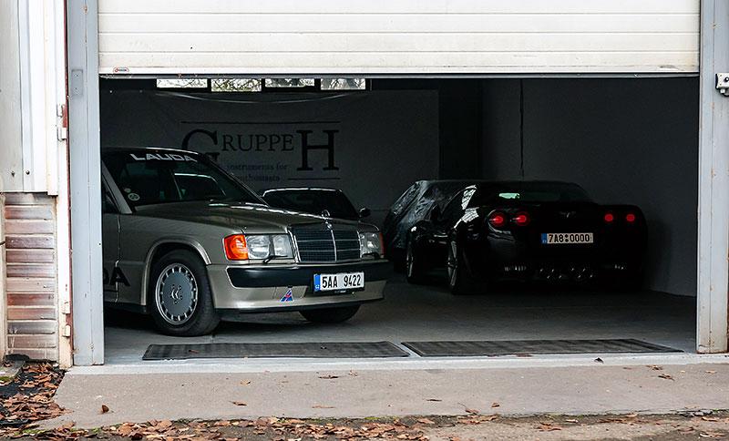 Řídili jsme Mercedes-Benz 190E 2.5-16. Opomíjený rival první M3 si zaslouží víc respektu: - fotka 10
