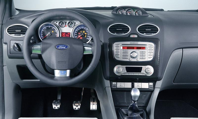 Ford Focus RS: konečně oficiální a podrobné údaje (nové foto): - fotka 2