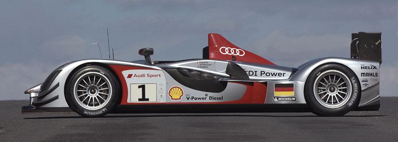 Audi R15 TDI kompletně odhaleno: - fotka 13