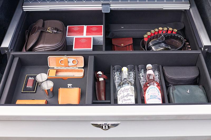 Bentley Bentayga Field Sports By Mulliner cílí na lovce a sportovní střelce: - fotka 10