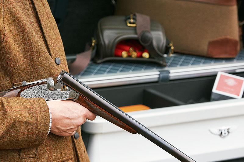 Bentley Bentayga Field Sports By Mulliner cílí na lovce a sportovní střelce: - fotka 12