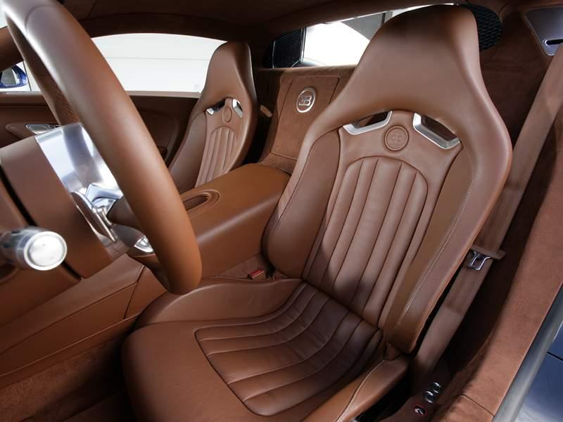 Pod lupou: Bugatti EB 16.4 Veyron - čtyři turba, 1000 koní: - fotka 4