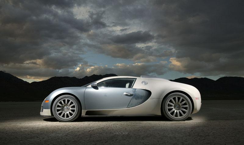 Pod lupou: Bugatti EB 16.4 Veyron - čtyři turba, 1000 koní: - fotka 31