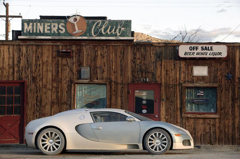 Pod lupou: Bugatti EB 16.4 Veyron - čtyři turba, 1000 koní: - fotka 32