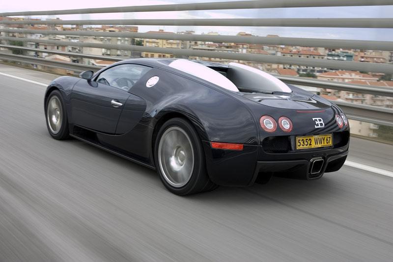 Pod lupou: Bugatti EB 16.4 Veyron - čtyři turba, 1000 koní: - fotka 40