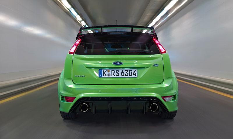 Ford Focus RS: konečně oficiální a podrobné údaje (nové foto): - fotka 50