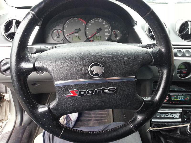 Benzinkový tuning ještě nevymřel. Co říkáte na tento Ford Cougar?: - fotka 2