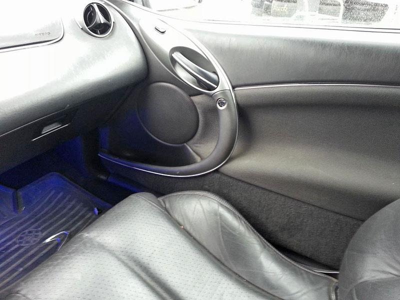Benzinkový tuning ještě nevymřel. Co říkáte na tento Ford Cougar?: - fotka 8