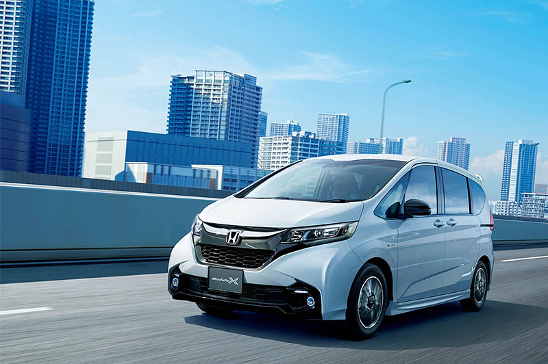 Honda Freed Modulo X: Malé MPV pro Japonce se sportovním šmrncem: - fotka 9